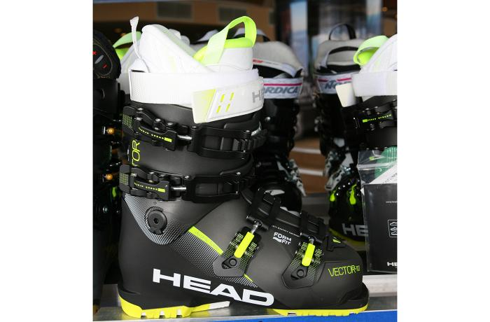 2017-18 Head Vector Evo 110 W at America's Best Bootfitters Boot Test