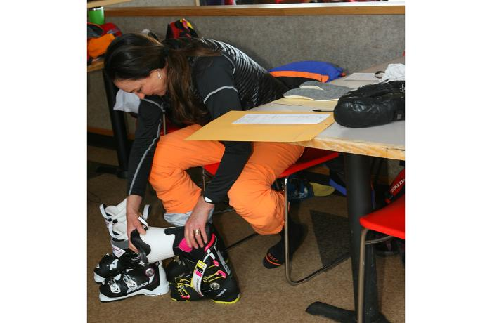 Linda Parazoo testing the 2017-18 Rossignol Pure Elite 120 at America's Best Bootfitters Boot Test